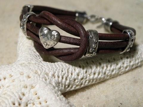 Love Knot Chocolate Heart Leather Bracelet