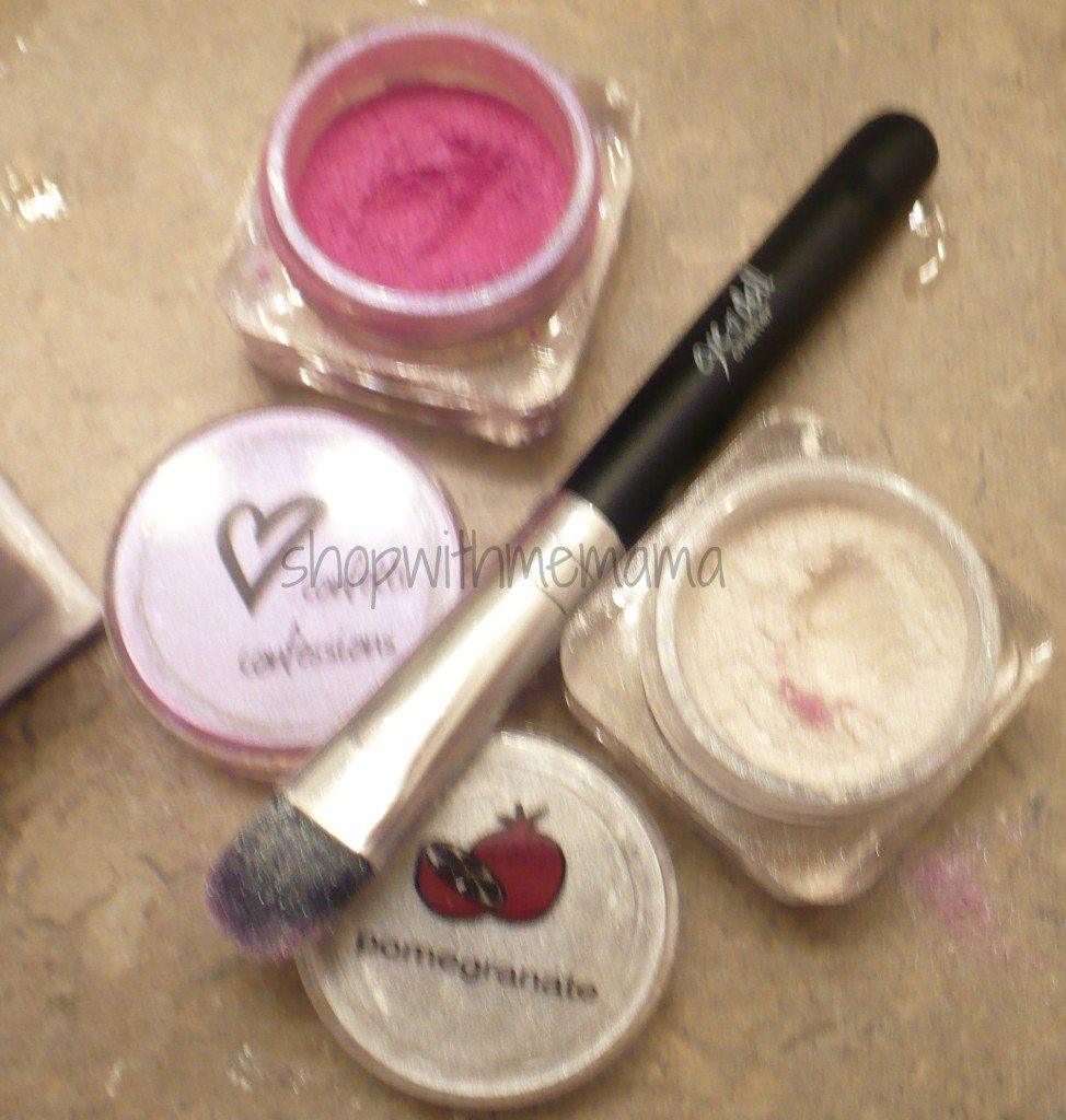 eyedoll chatter eye shadow kit