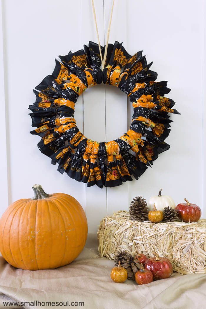 Halloween Bandana Wreath DIY