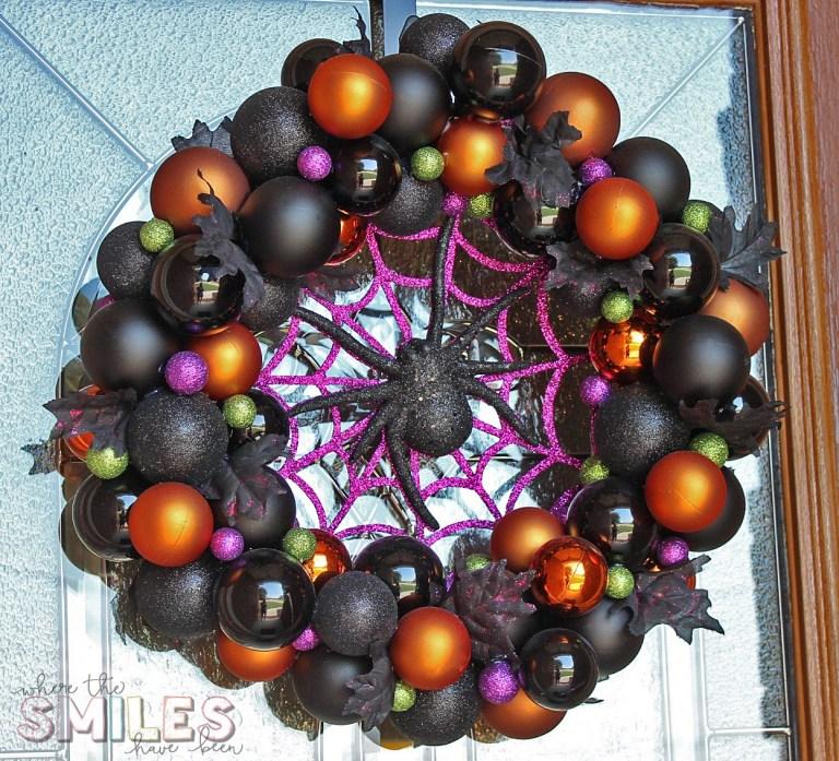 DIY Halloween Ornament Wreath