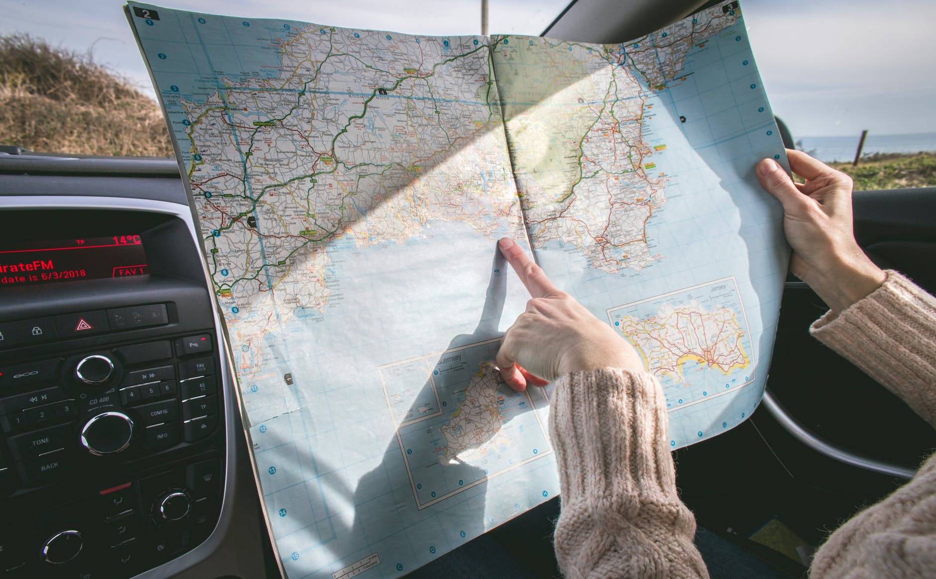How Do I Save Money On A Road Trip?