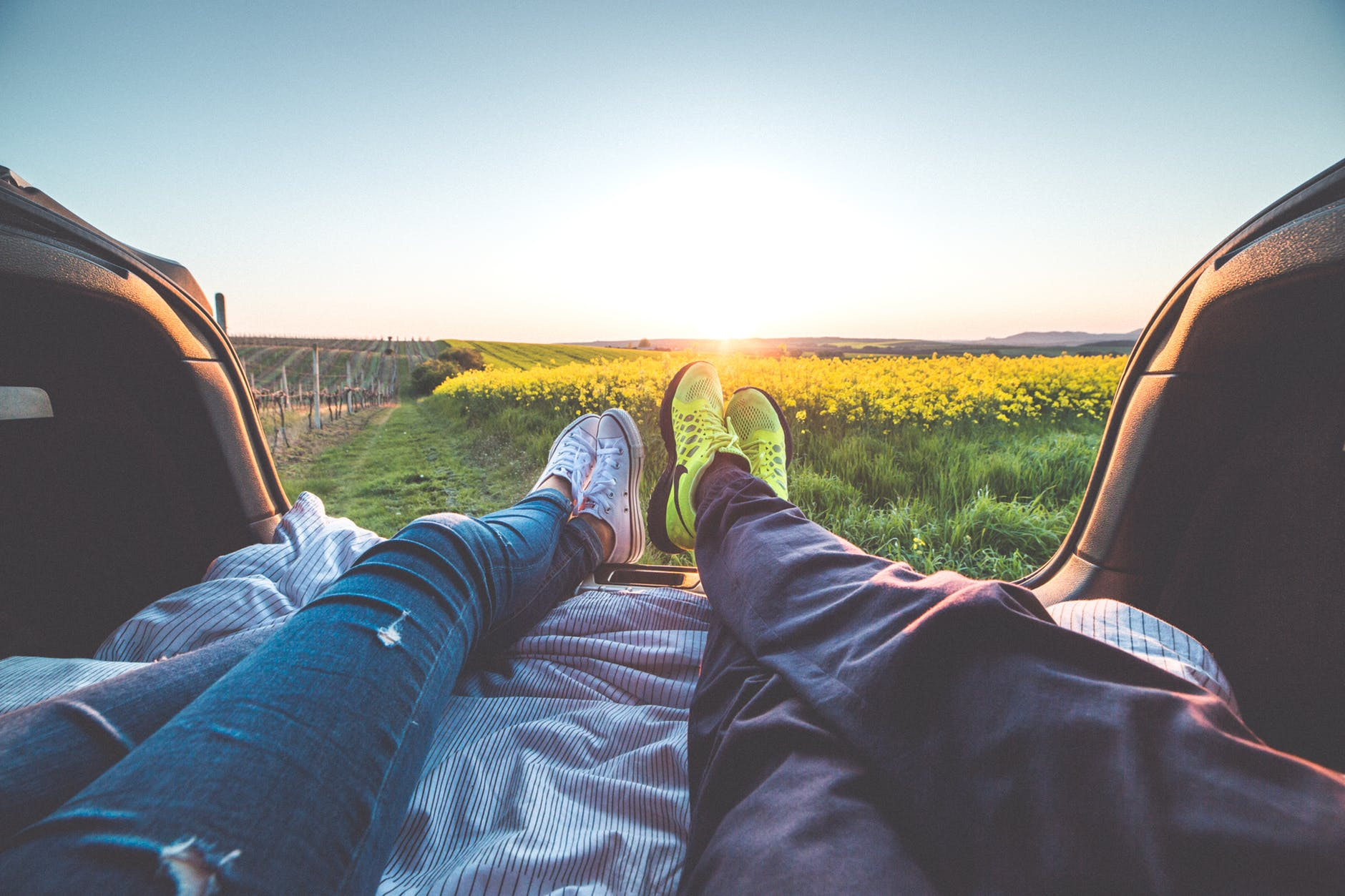 10 Activities for a Romantic Staycation
