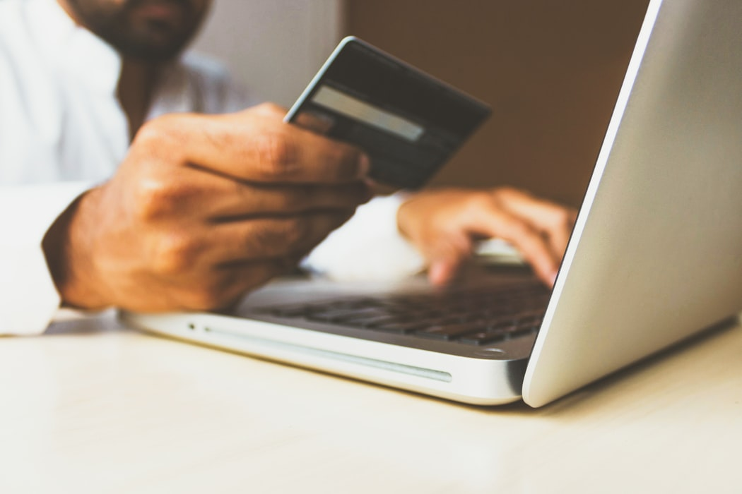 These Tips Can Keep You Safe When Online Shopping