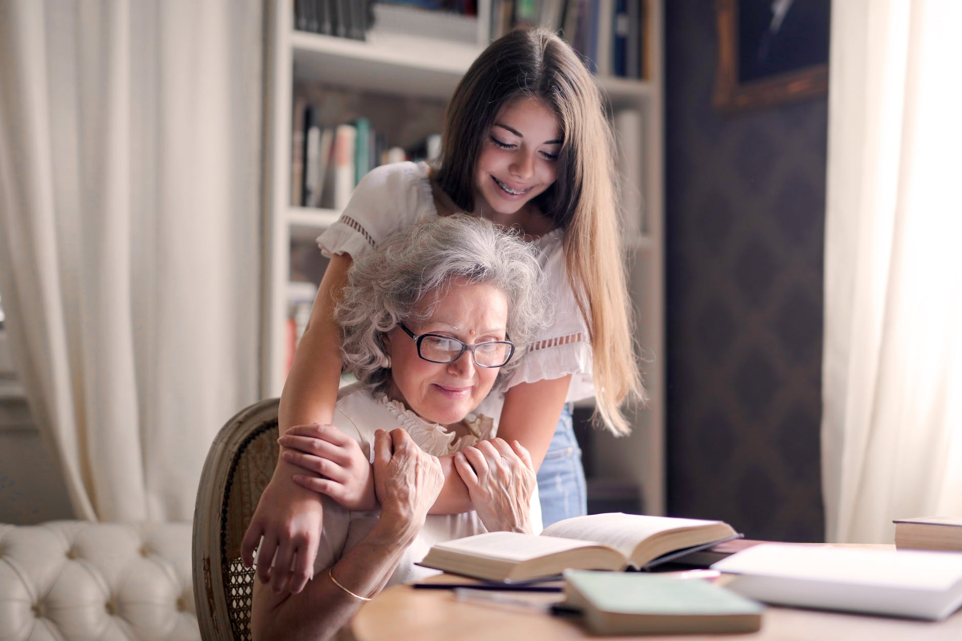 5 Ways To Support A Lonely Older Relative