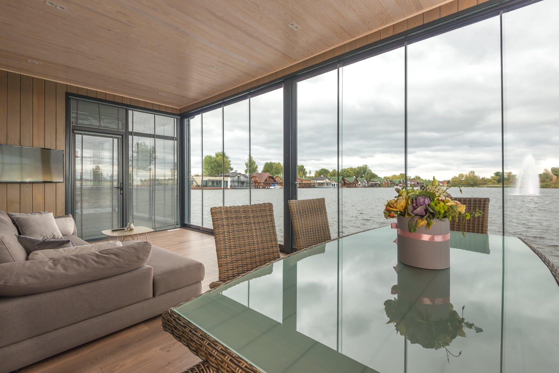 Restaurant Table Design Ideas for Ritzy Interior Look