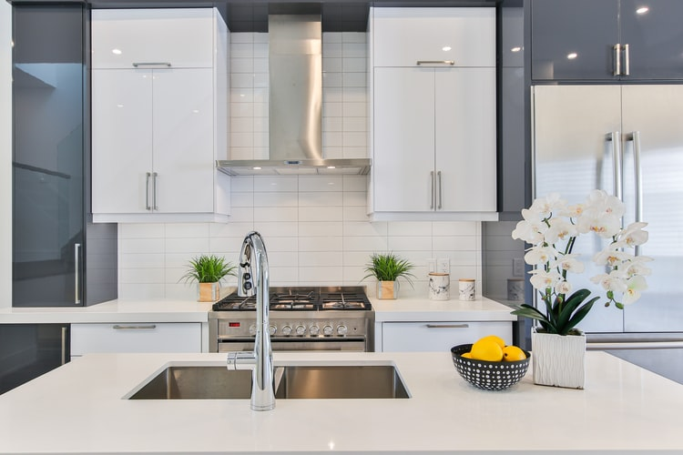 8 Tips On How to Make Your Kitchen Smell Amazing